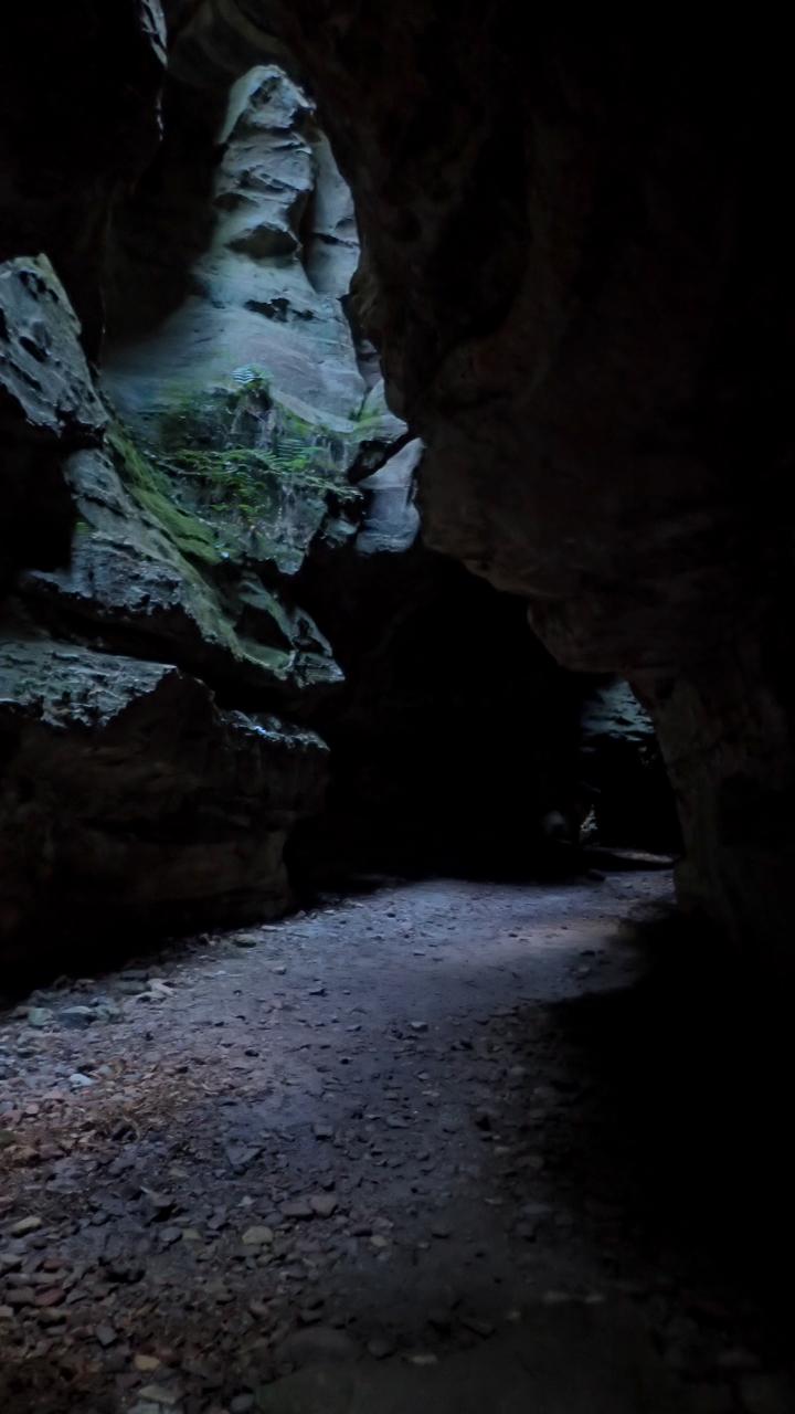 Dry canyon-4.jpg